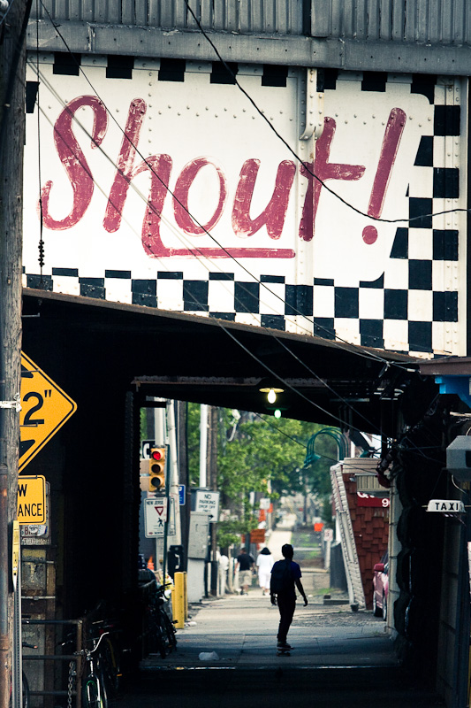 Shout ! And skate.