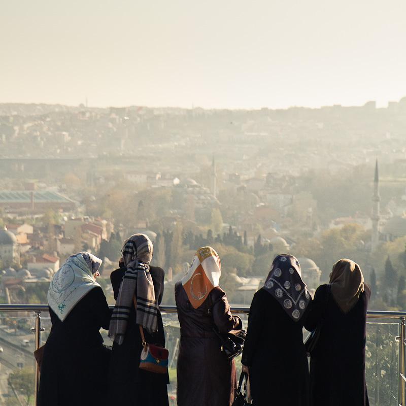 Five headscarves above Eyüp.