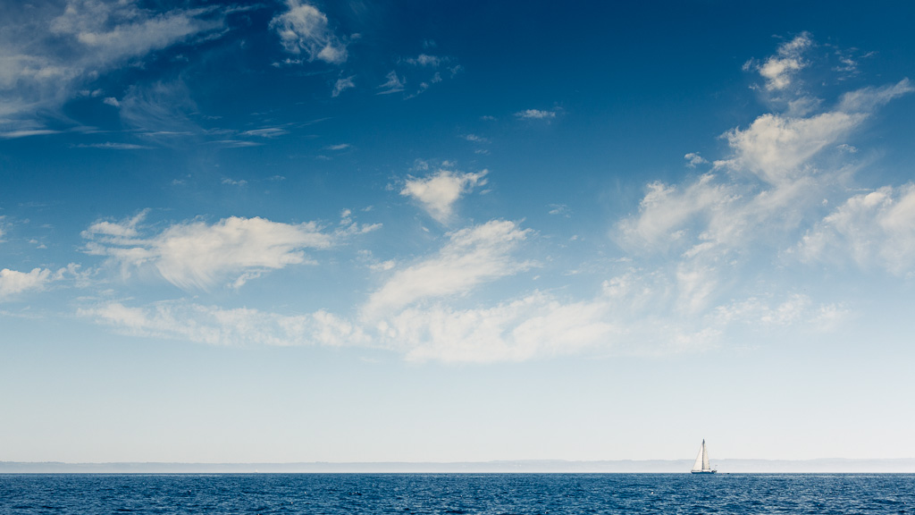 Sailing in blue and white.