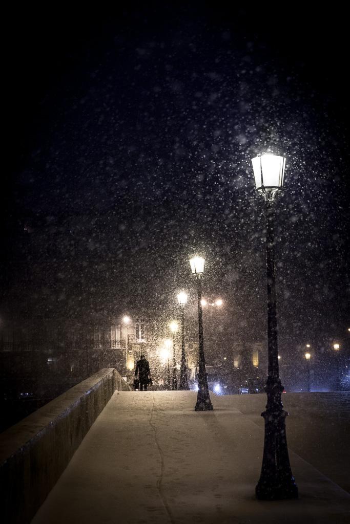 Snowy Royal Bridge.