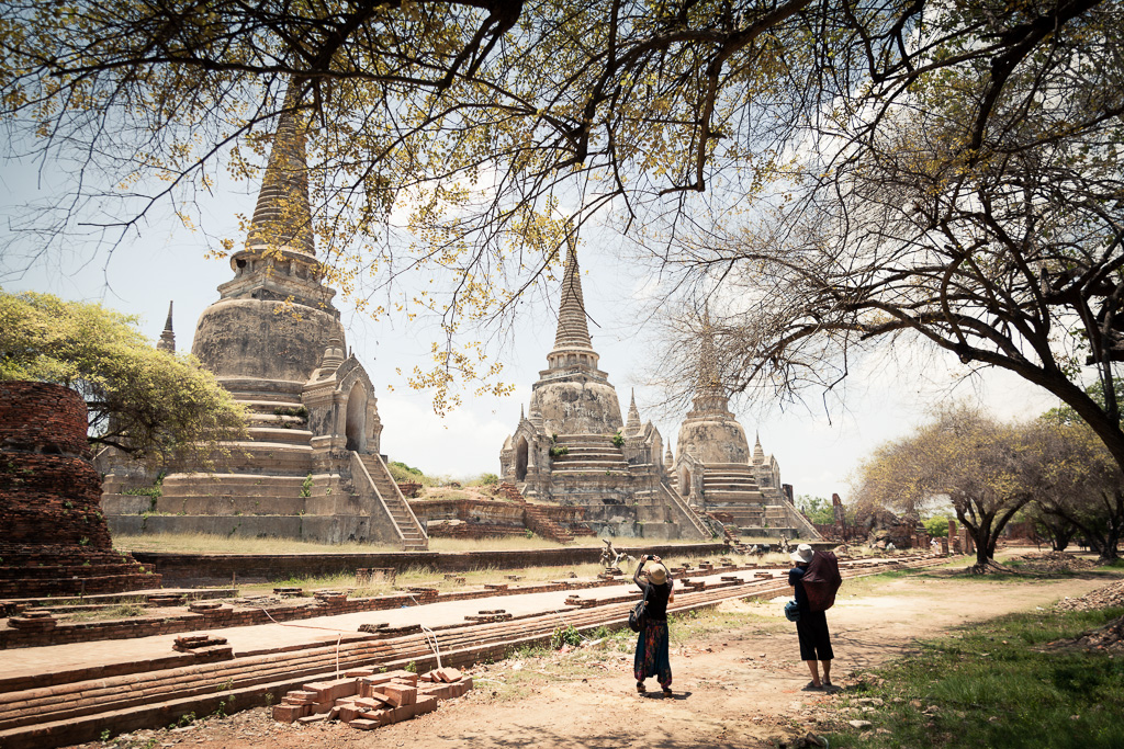Amongst the ruins of Wat Phra Si Sanphet.