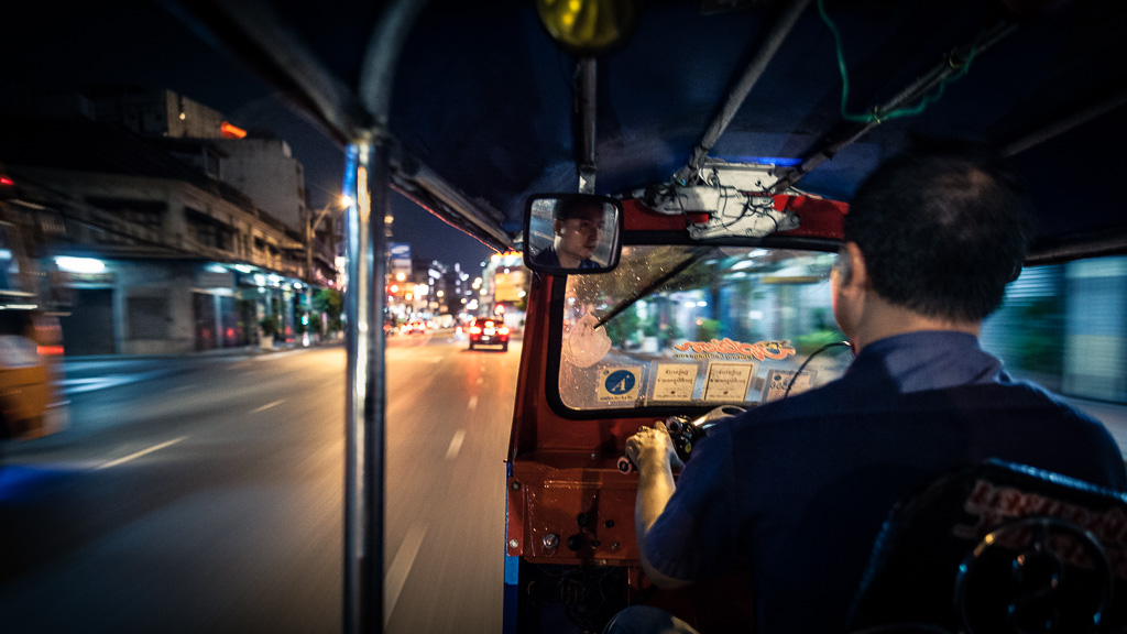Through the night in tuk-tuk.