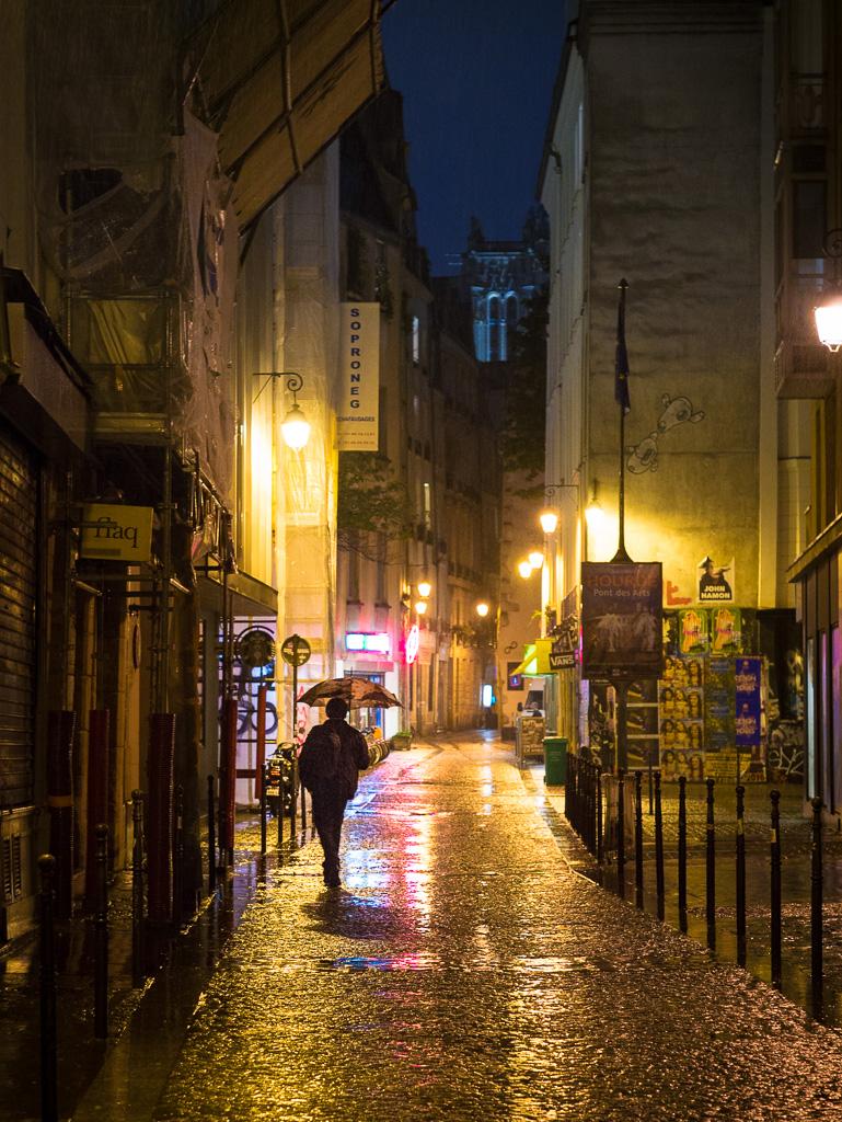 Rainy Quincampoix.
