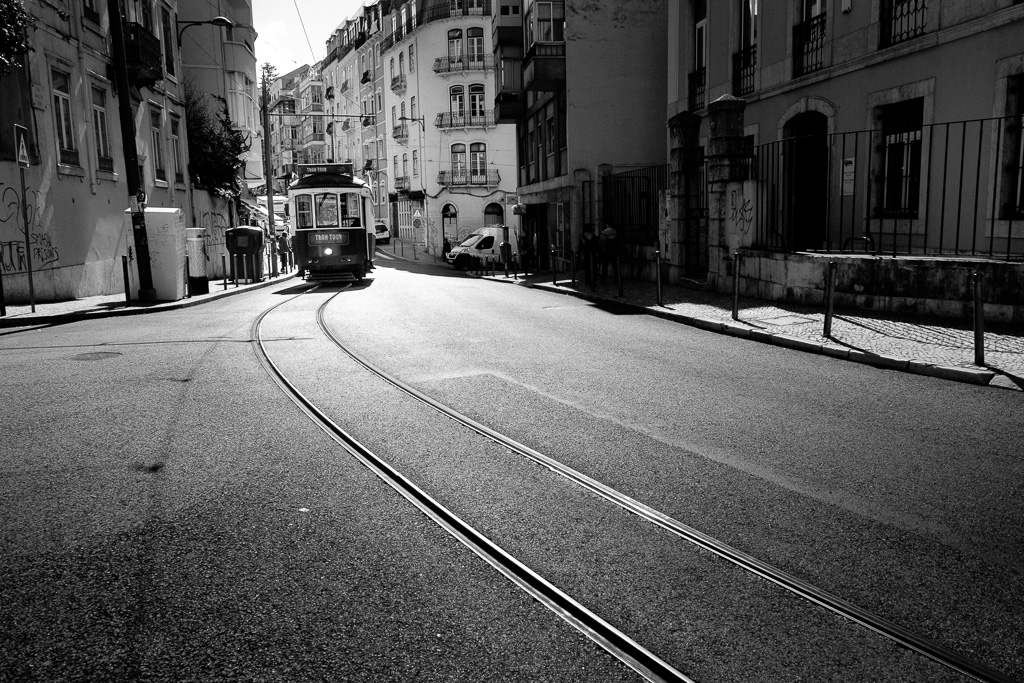 Tram 28.