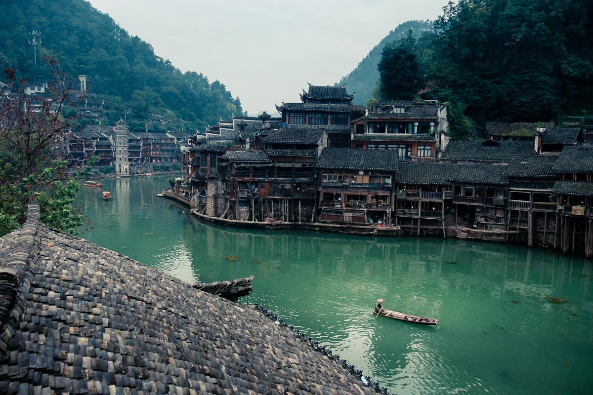 Up Tuojiang river.
