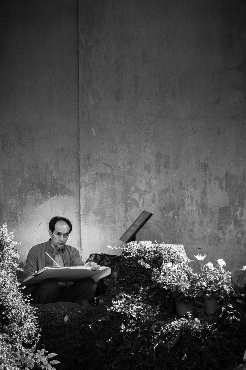 The garden painter.