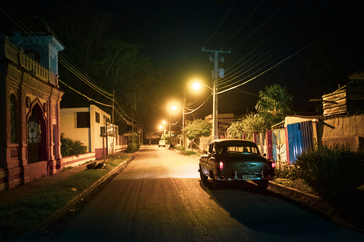 At Night, in the street of Cienfuegos.