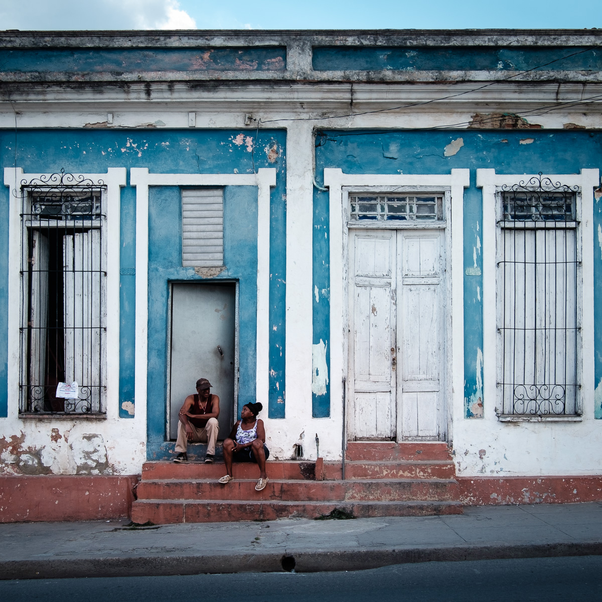 Small talks in Cienfuegos.