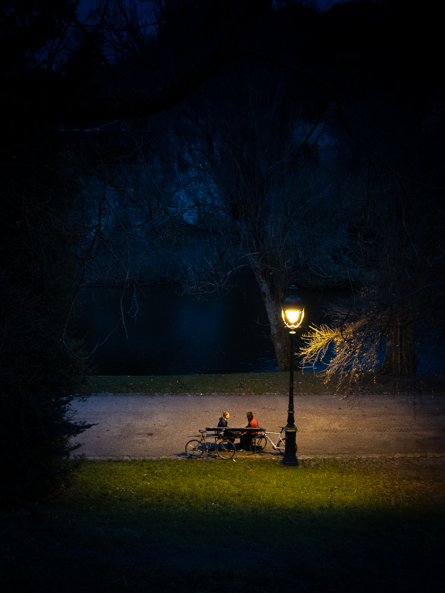 Nightfall in the Buttes-Chaumont.