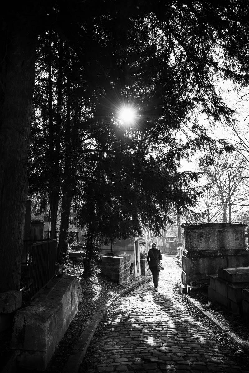 A stroll in Père Lachaise.